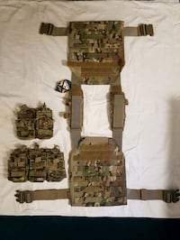 Condor Sentry Plate Carrier and Pouches  Kitchener, N2P 1Z9