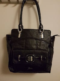 Large Guess purse Surrey, V3W 3B8