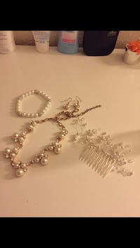 Wedding/special occasion jewelry pearl San Antonio, 78207