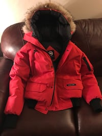 Red Canada Goose Jacket 553 km