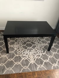 Dinning table  Vaughan, L4L 0B2