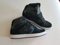 DC shoes womens size 7 Bristow, 20136