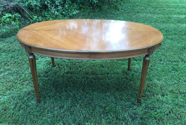 Stupendous Dining Room Table 60 96 X 40W X 29H 3 Leaves 12 Each Table Protector Pad Good Condition Legs Can Be Take Off For Transport One Leaf Has Download Free Architecture Designs Momecebritishbridgeorg