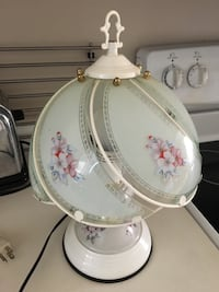 """Lamp 14"""" high, works, no switch but unplug to turn off - $10. Please read… Plus other lamps available Mississauga, L5L 5P5"""