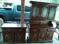 Solid wood hutch and buffet. Jacksonville, 32244