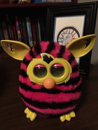 pink and black Furby Boom