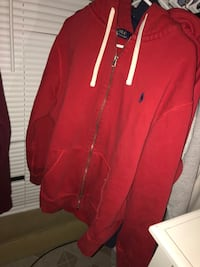 Red polo hoodie XL/Give me your best offer Lowell, 01850