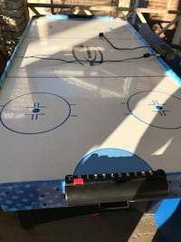 Moving Sales everything has to go!! Hockey ping pong table combo set. Toronto, M4E 2B6