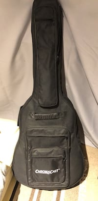 epiphone dreadnaught with martin strings and case Burke, 22015