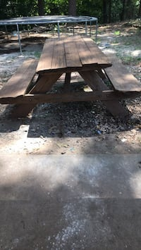Picnic table Mableton, 30126