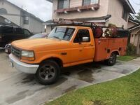 Ford - 1996 , automatic, V8 a/c , good condition  Fontana