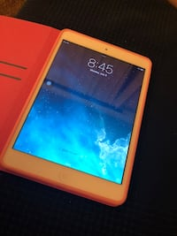 White ipad with red case Monterey Park, 91754