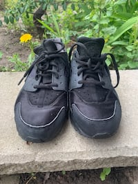 Nike Huaraches(Women) Mississauga, L4Y