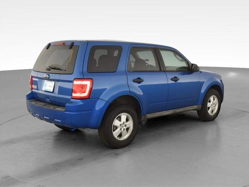 2011 Ford Escape suv XLS Sport Utility 4D Blue <br /> 10
