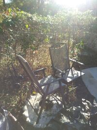 Two nice lawn chairs no t a r e s