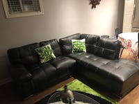 Black leather couch  Brampton, L7A 0G6