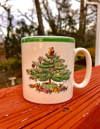 BRAND NEW Holiday Spode Decorative Mug, Made in England Falls Church, 22046