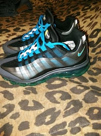 Nike air max only wore couple times Magnolia, 21085