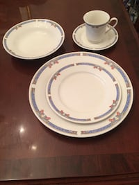 625 piece set dinnerware