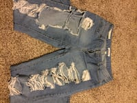 Blue denim ripped pants Clearfield, 84015