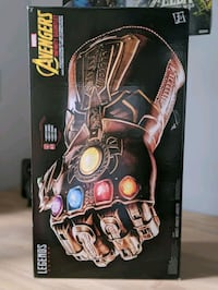 Avengers Infinity Gauntlet Original Collectible Guelph, N1L 1C3