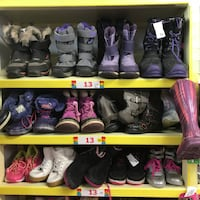 WInter boots for Girls n9 Toronto
