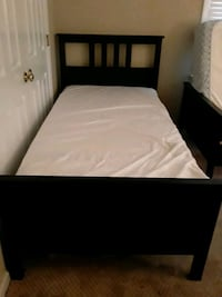 2 black twin beds Charlotte, 28269