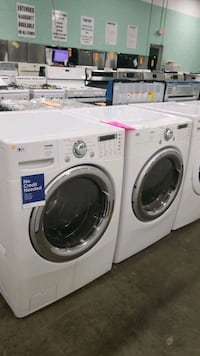 Lg natural gas set dryer/washer 27inches!  Queens