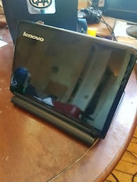 Lenovo ideapad (selling tonight) Toronto, M5A 1M6