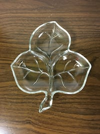 Leaf Shaped Serving Dish