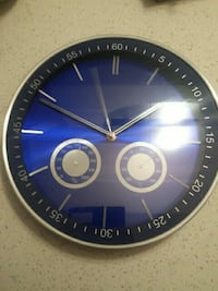 round black and blue analog wall clock Surrey, V3R