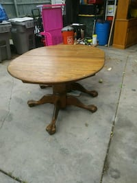 Solid oak kitchen table with two leaves Boise, 83716