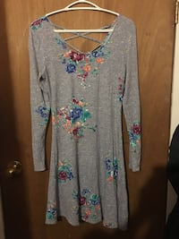 Dress West Lincoln
