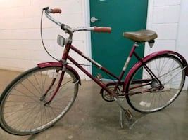 Pink Free Spirit Cruiser bike