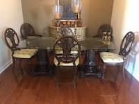 Dinning Room Table and Chairs Miami, 33194