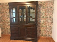 Dining room hutch, must see!  Paradise, 95969