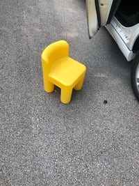 Yellow little tykes chairs  Knoxville, 37914
