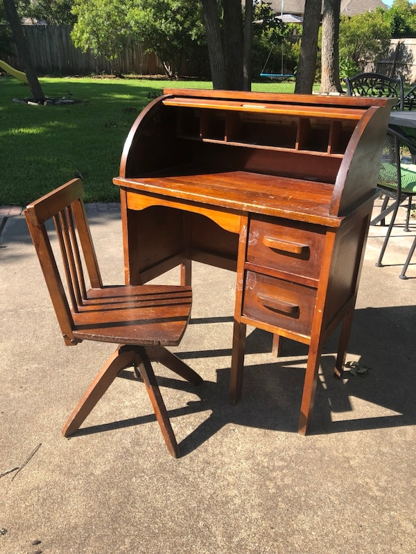 Surprising 1940S Antique Vintage Eastman Line Mission Style Childs Roll Top Desk With Matching Swivel Chair Dailytribune Chair Design For Home Dailytribuneorg
