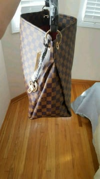 brown and white Louis Vuitton leather tote bag Markham, L3S 2V6