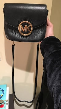 Michael Kors Over the shoulder bag Mississauga, L5H 1V9