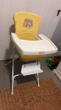 Vintage baby high chair Surrey, V4N 5V8