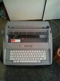 gray and black type writer printer