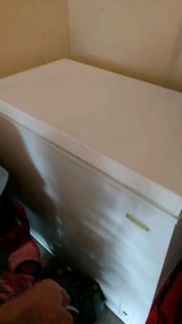 7 cubic foot chest freezer Inwood