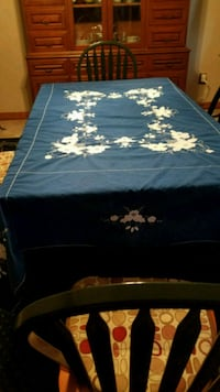 Vintage Tablecloth with appliques Virginia Beach, 23452