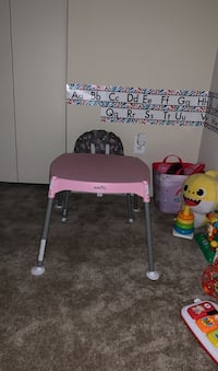 Convertible baby high chair