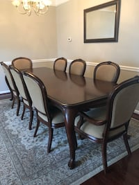 Formal dining room set with 8 chairs Aldie, 20105