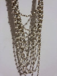 Faux pearl necklace New York, 10032