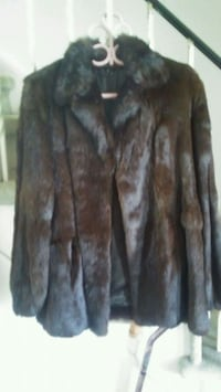 SALE Fur Coat  NEW CONDITION Toronto, M9W 2B5
