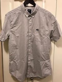 Men's RVCA Shirt - BRAND NEW Shortsleeved Size Large Nanaimo, V9T 1W1