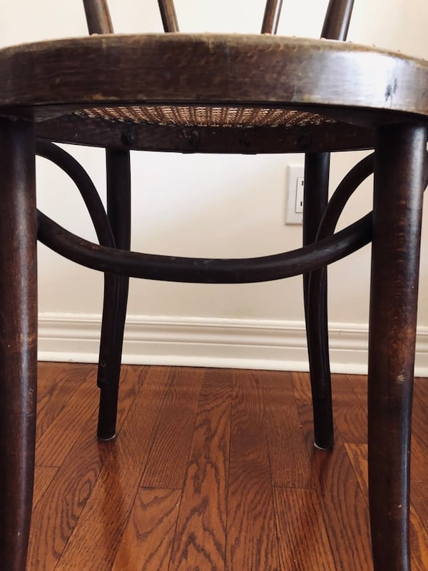 Bentwood chairs - two 7797a65a-e008-4b44-89fe-1ae841cfaf1f